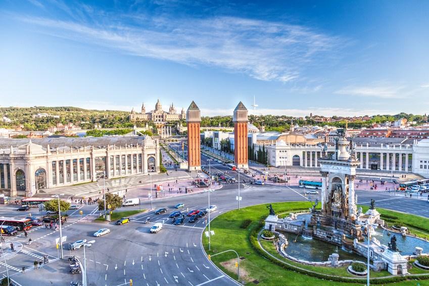 Barcelona bezpośrednio z Warszawy. Tanie loty dla każdego!