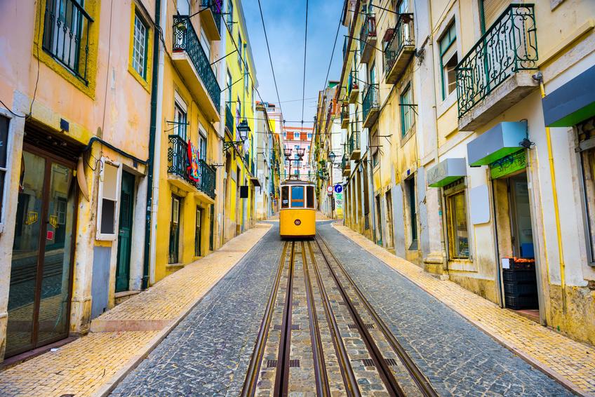 Lufthansa i inne linie:  TANIA Lizbona z Polski