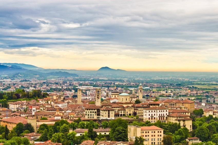 Bergamo z Polski już od 112 PLN. Dla każdego +kalendarz terminów.