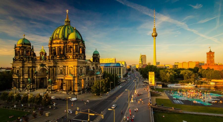 Berlin: tanie przejazdy + przykładowe hotele