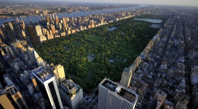 Nowy Jork USA Central Park aerial view, Manhattan, New York; Park is surrounded by skyscraper