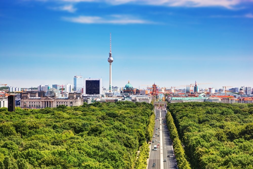 Berlin-panorama-Depositphotos_30461025_original-1000x667px