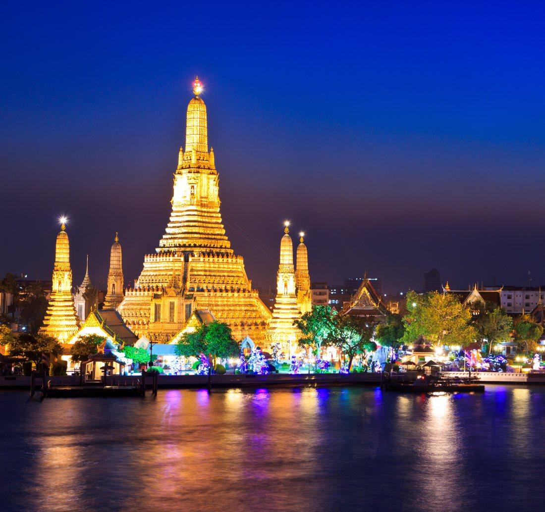 Bangkok-wat-arun-kwadrat-Depositphotos_27326275_original-1100x1034px