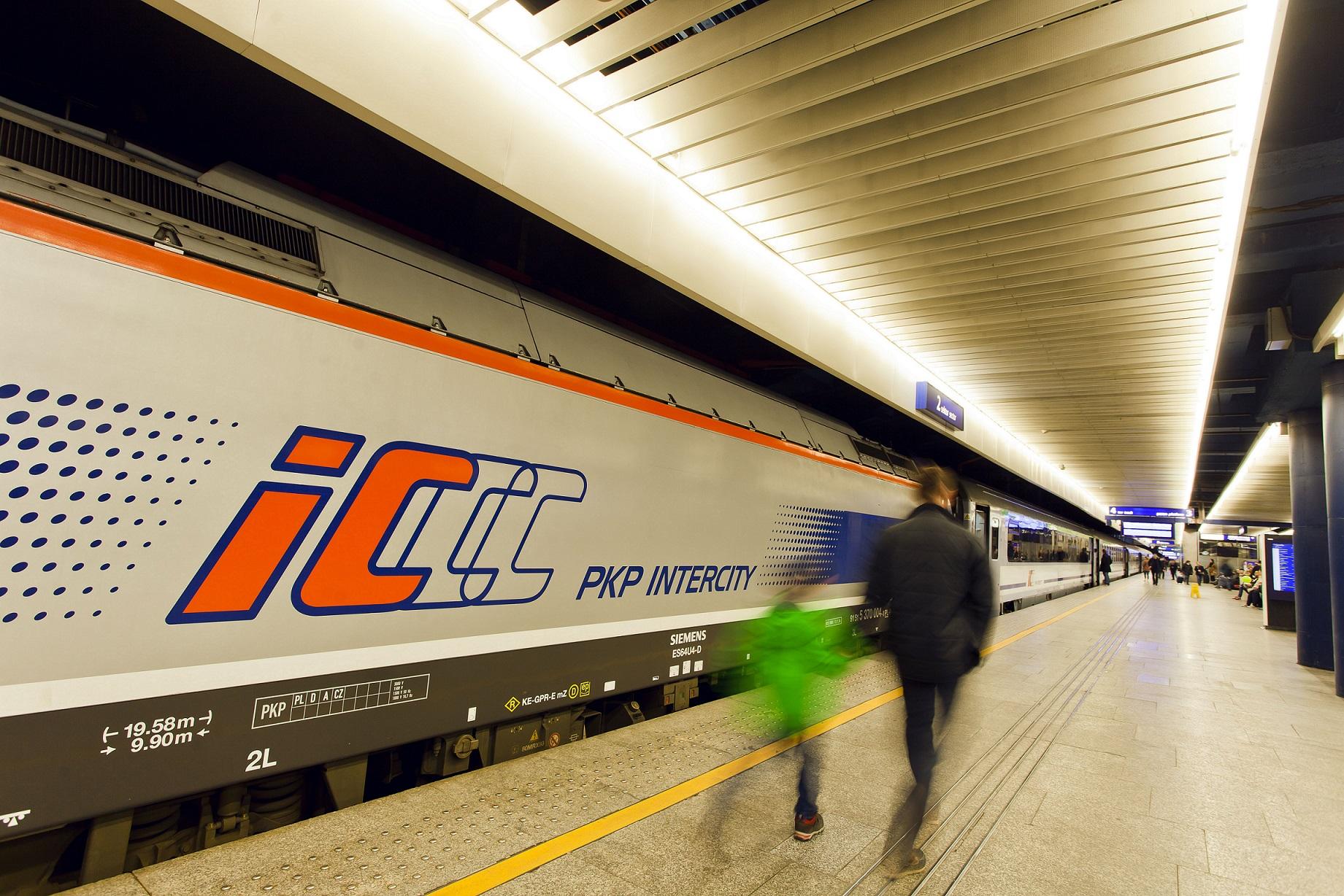 Rekordowe półrocze PKP Intercity – prawie 23 mln pasażerów!