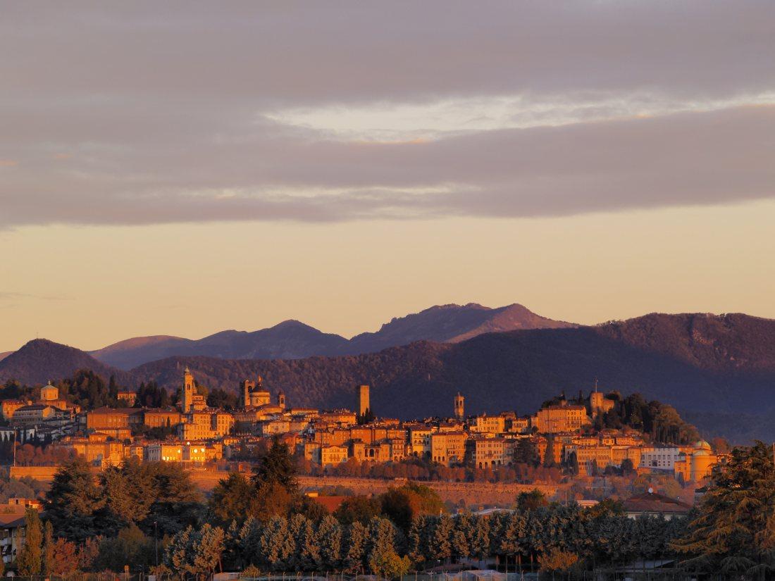 Bergamo z Polski już od 130 PLN. Dla każdego + kalendarz terminów.