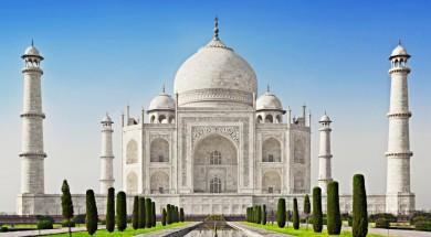 Indie Taj Mahal in sunrise light, Agra, India