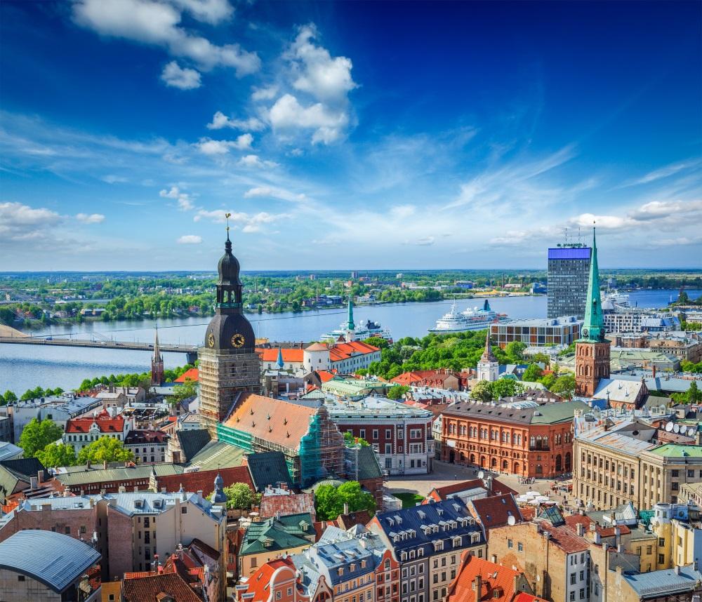 ryga Aerial view of Riga center from St. Peter's Church, Riga, Latvia