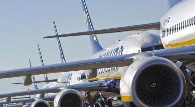 ryanair-samolot-kolejka-samolotow-1600x1200px