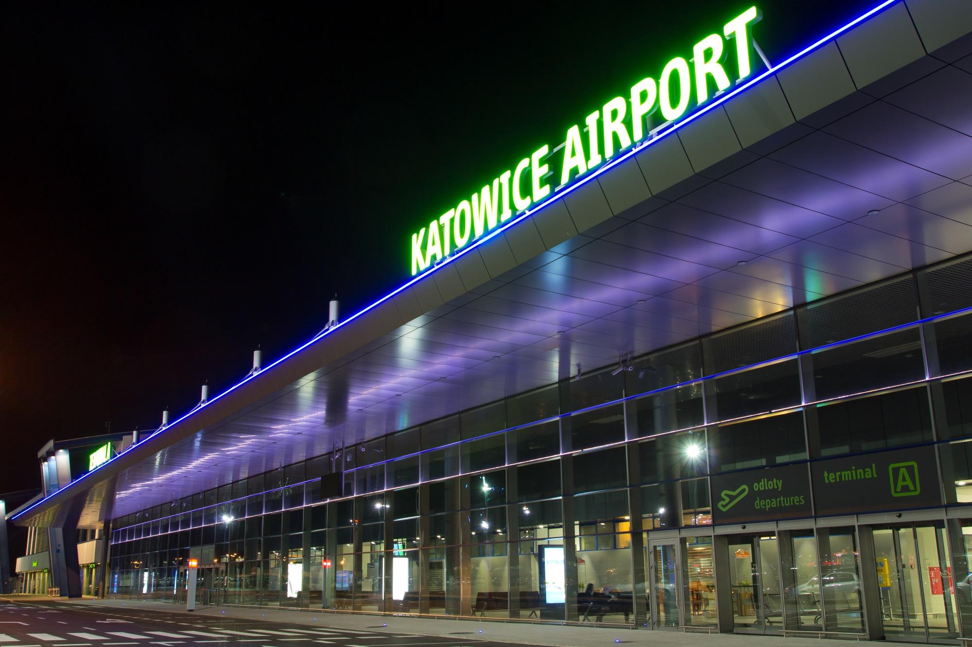 """Rozkład """"Zima 2020/2021"""" z Katowice Airport – informacje"""