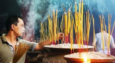 wietnam wietnam-kadzidla-swiatynia-Depositphotos_51398837_original-1000x648px