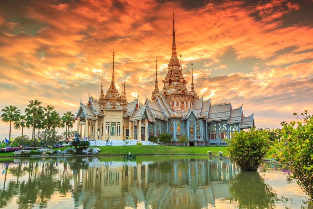 Promocja Qatar Airways. Loty do Bangkoku w dobrej cenie. Elastyczna rezerwacja!