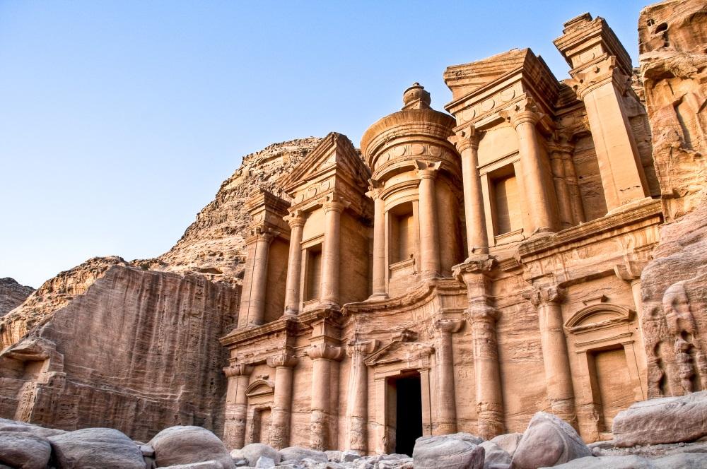 Jordania – informacje praktyczne. Wizy, noclegi, pieniądze, ceny i wszystko inne!