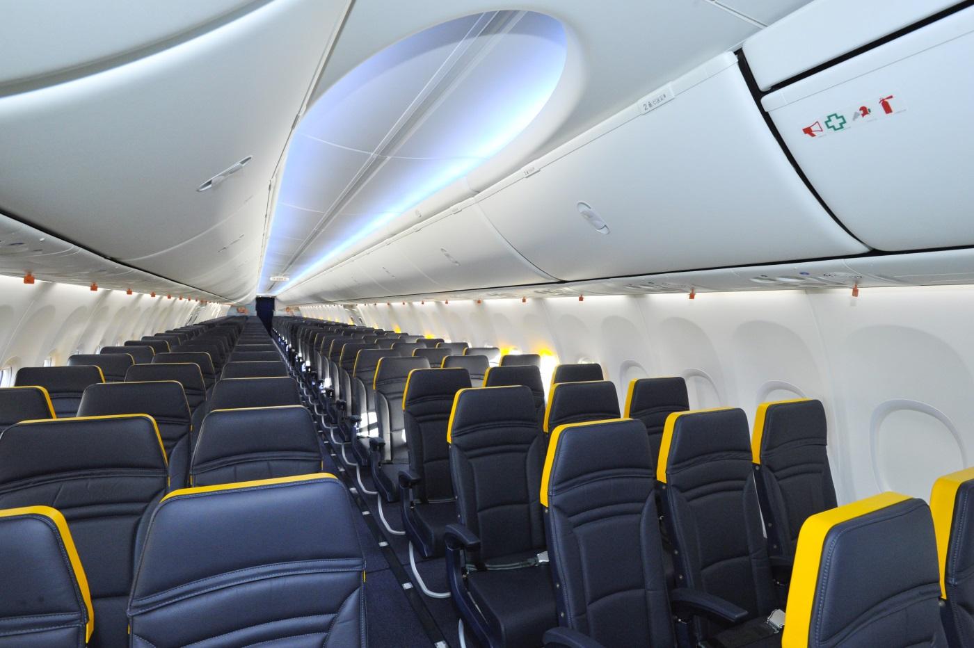 Ryanair szykuje się na spowolnienie. Obcina pensje o 50%! Odwołuje tysiące lotów…