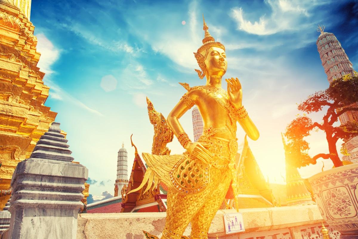Bangkok z Polski – oferta lotów Qatar Airways