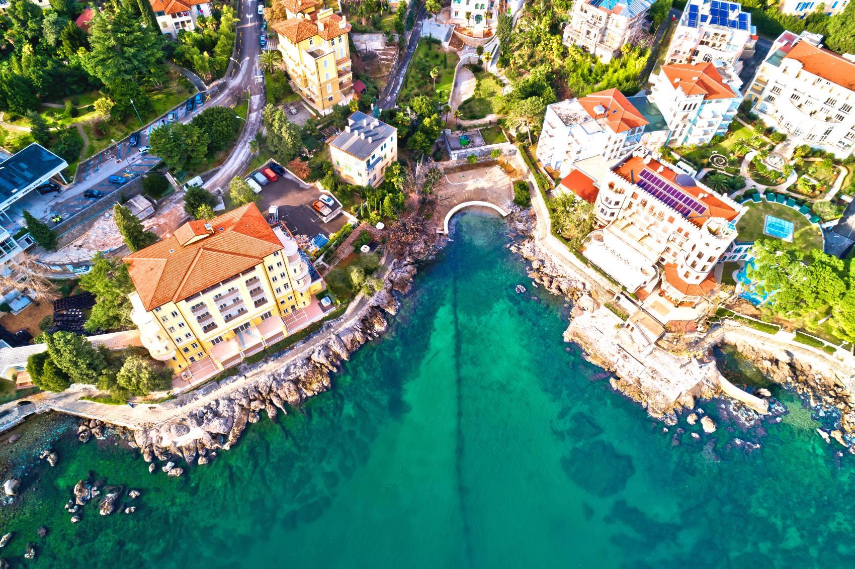 Lecisz lub jedziesz do Chorwacji? Sprawdź aktualne zasady przekraczania granicy!