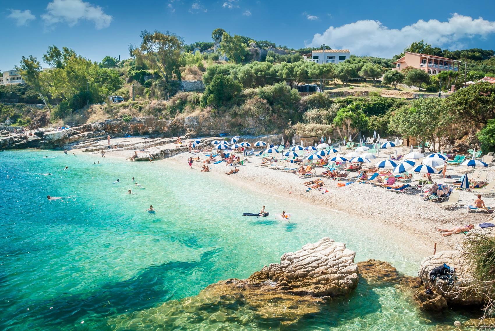 Bezpośrednio z Modlina. Grecka wyspa Korfu w dobrej cenie