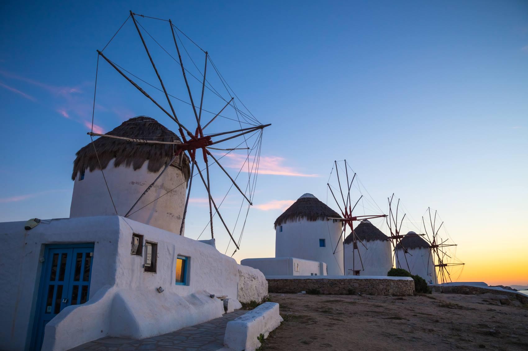 Wiosenne okazje na grecką wyspę Mykonos. Loty z Polski