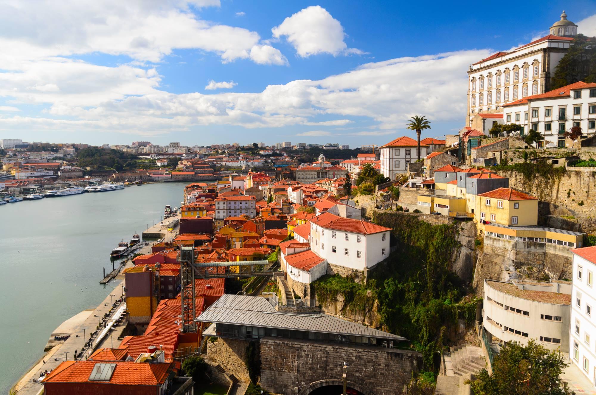 Do Porto z Polski. Promocja lotów liniami tradycyjnymi