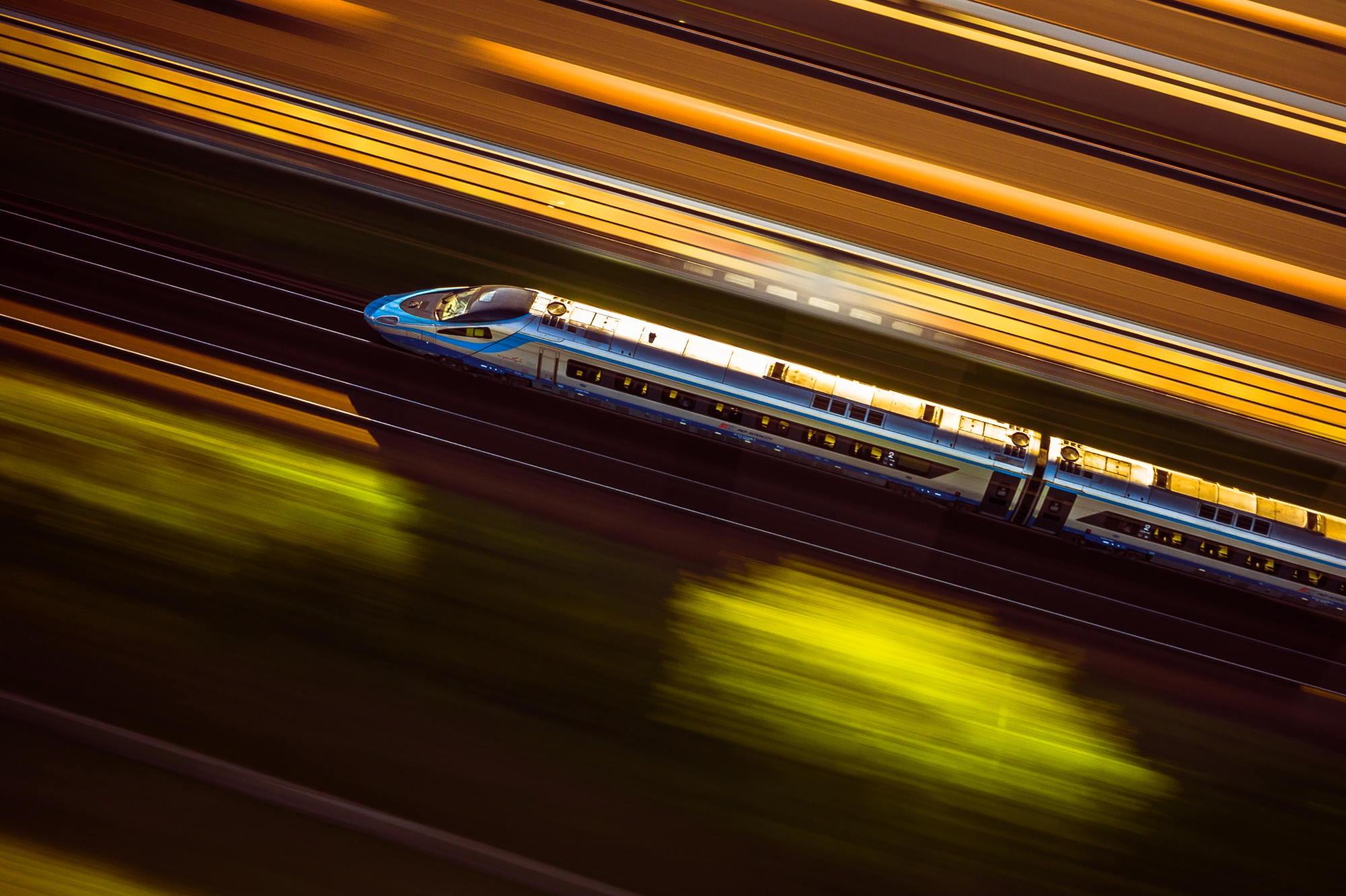 Zmiany: od soboty obowiązuje limit 50% miejsc siedzących w pociągach