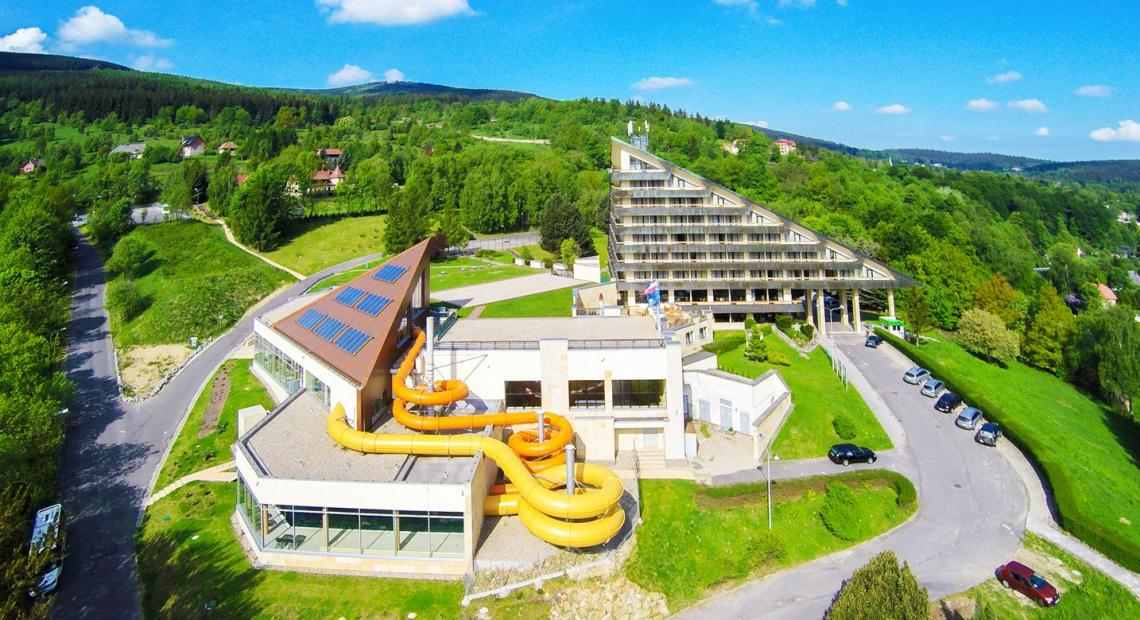 Interferie Aquapark Sport Hotel Malachit – zimowe noclegi w dobrej cenie!